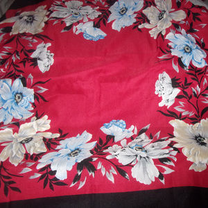 Accessories - Stunning red scarf with blue and tan florals